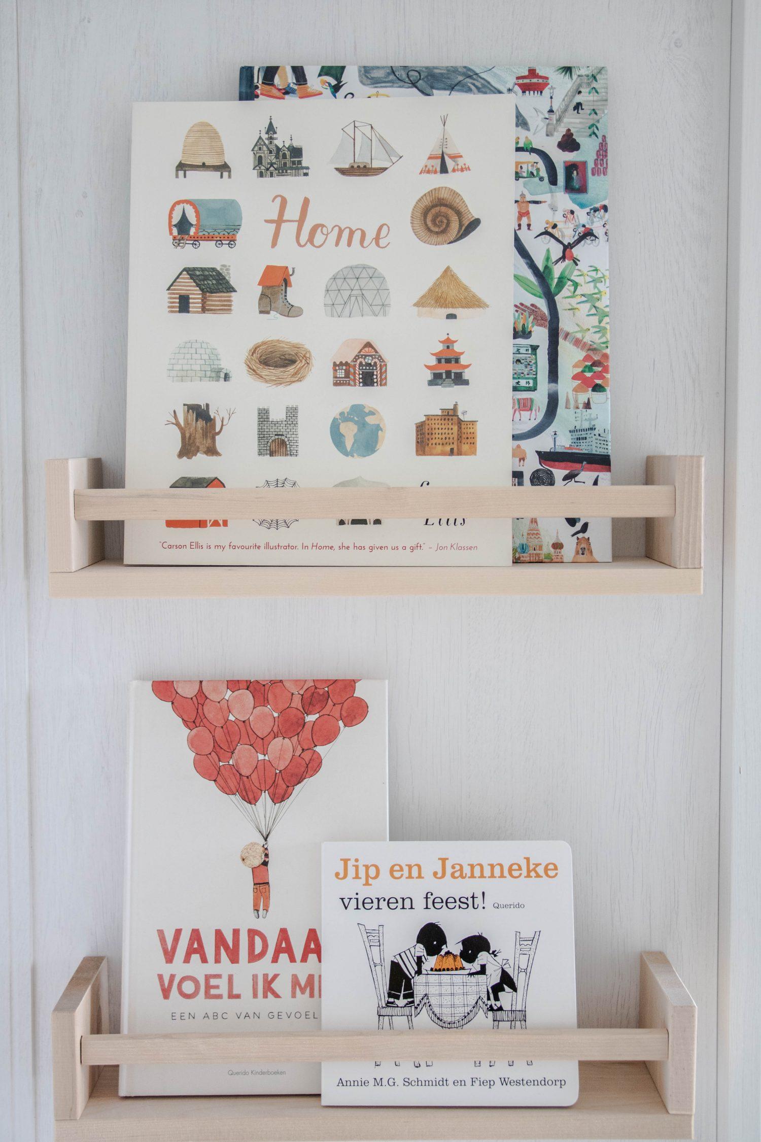 Wandplanken babykamer Ikea duurzame kinderkamertsylist